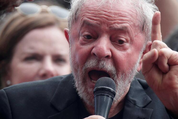 Tribunal brasileiro anula sentença de juíza que condenou Lula da Silva