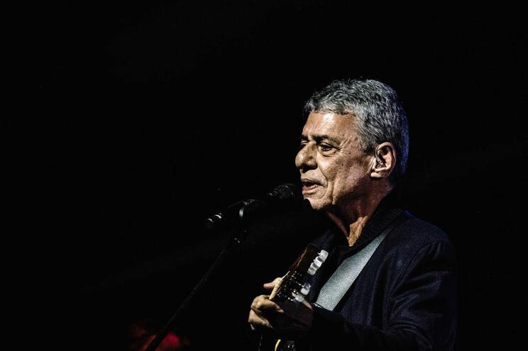 O samba e o amor de Chico Buarque valem prémio Camões 2019