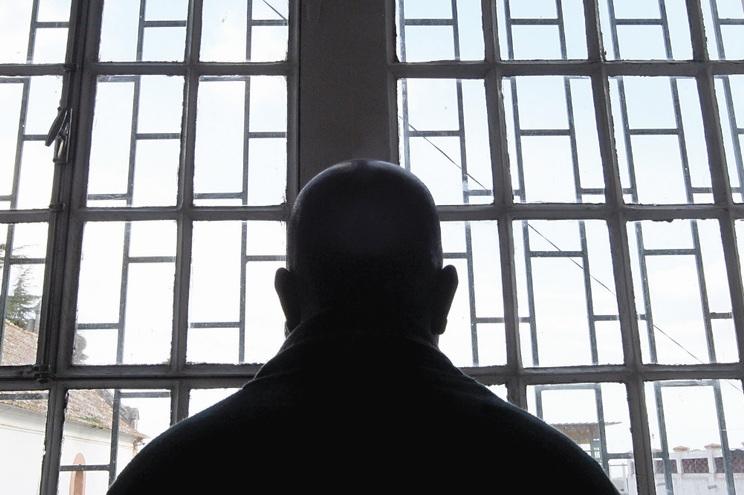 Provedoria critica limitação do tempo passado pelos presos a céu aberto