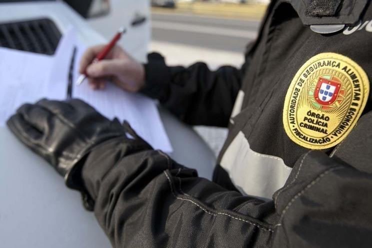 ASAE apreende azeite falsificado no valor de cinco mil euros em Elvas