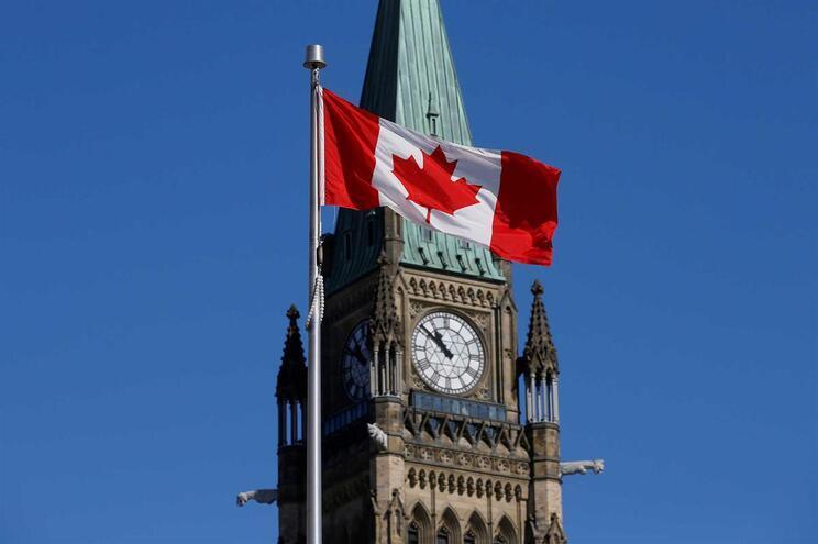 Canadá prepara reação às taxas impostas pelos EUA