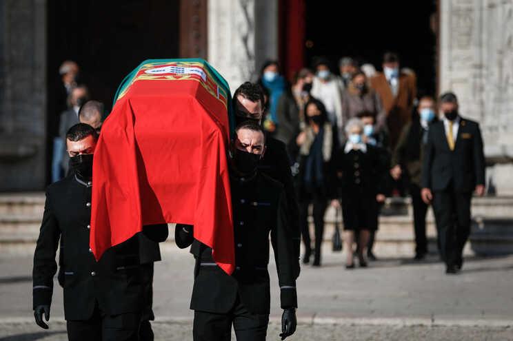 Cerimónias fúnebres decorreram hoje no Mosteiro dos Jerónimos