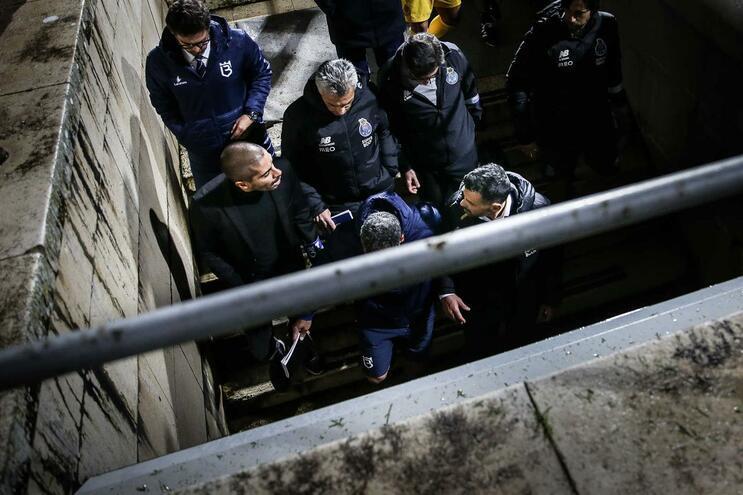 Aberto processo a incidente com treinador do Belenenses