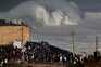 Milhares de pessoas rumaram à Nazaré para ver ondas gigantes