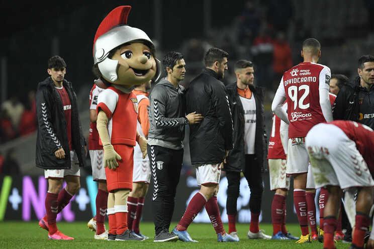 Sporting de Braga compensa sócios com voucher nas lojas do clube