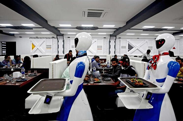 Robôs ameaçam mais de um milhão de empregos em Portugal