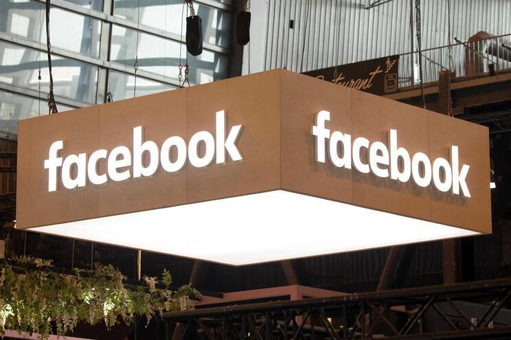 A perigosa guerra de um país contra o Facebook