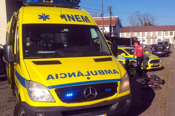 Roda saiu em andamento e ciclista ficou ferido com gravidade
