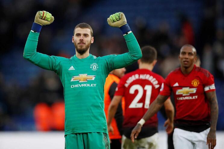 Manchester United vence e sobe ao quinto lugar da Liga inglesa