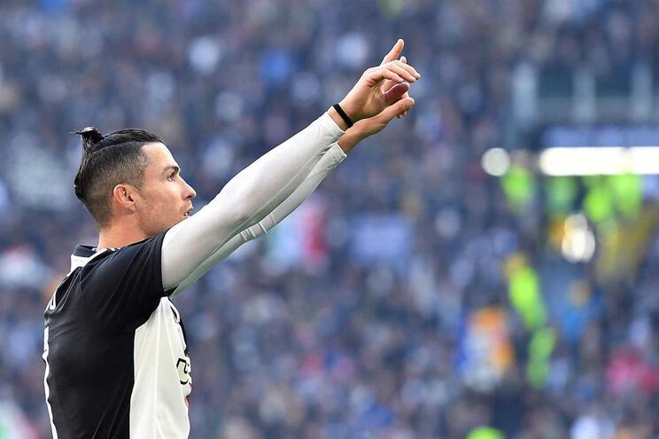 Cristiano Ronaldo marcou por duas vezes de grande penalidade