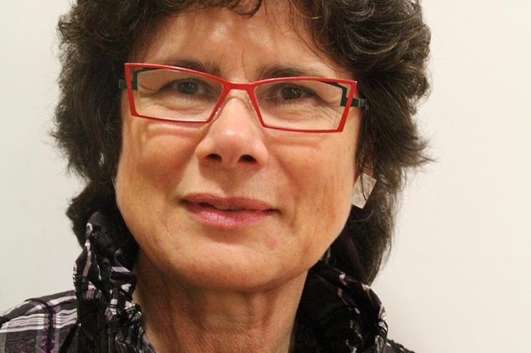 Adelaide Cristóvão é coordenadora do ensino de português em França e reporta diretamente ao Instituto