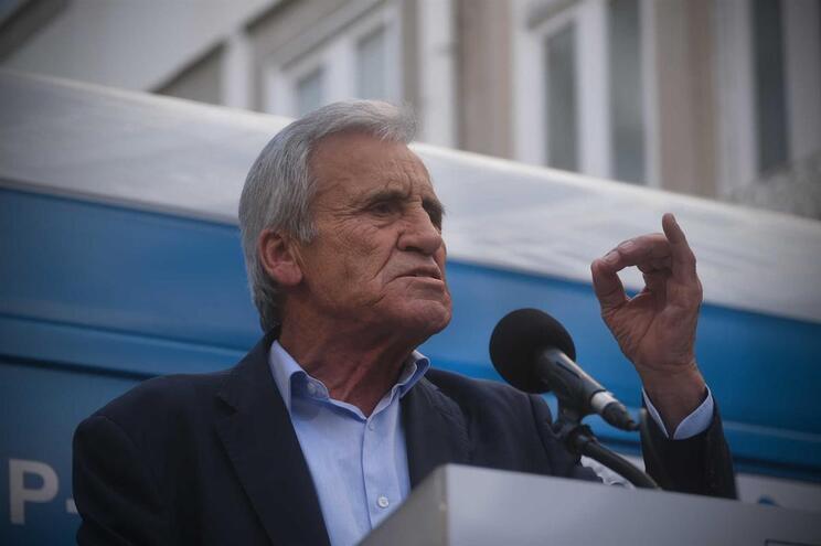 Jerónimo de Sousa desafia militantes a levar amigos e familiares a votar