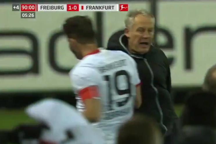 Capitão derruba treinador no Friburgo - Frankfurt