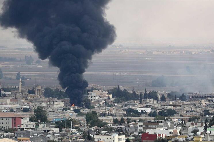 Síria sob bombardeamento das forças turcas