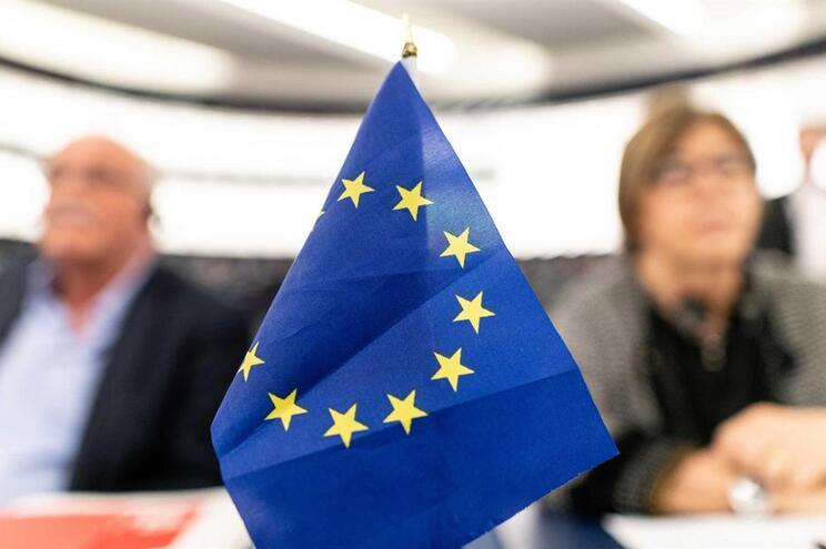 PS e PSD empatados na Europa