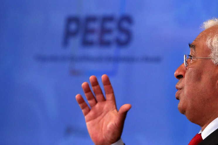 Medidas foram aprovadas no âmbito do Programa de Estabilização Económica e Social (PEES)