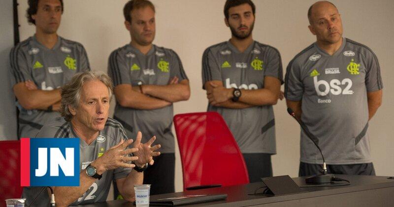 """Jorge Jesus: """"Melhor treinador do Brasil ? Não, do Mundo"""""""