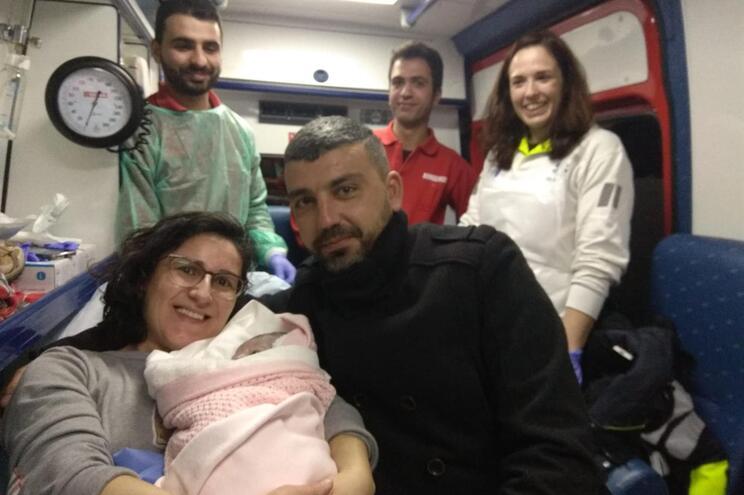 O parto em plena A4 foi realizado às 03.25 horas