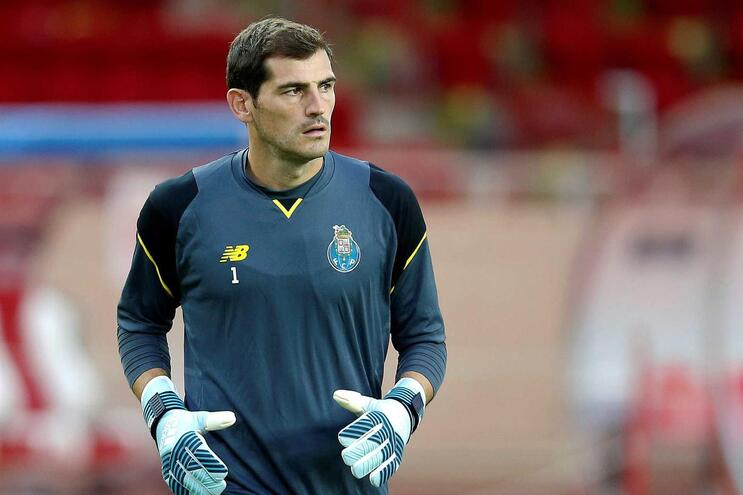 Iker Casillas foi inscrito na liga
