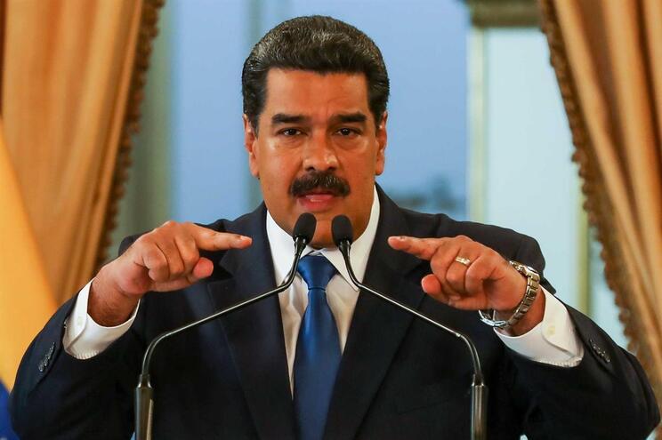 A oposição quer que o presidente, Nicolás Maduro, abandone o poder