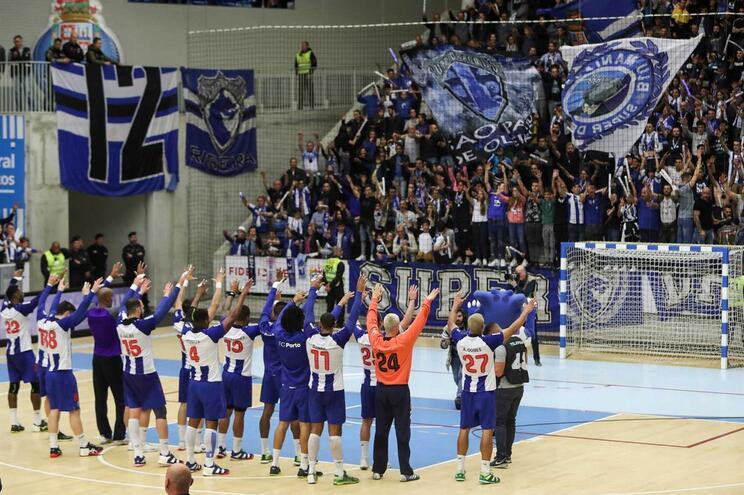 F. C. Porto sagra-se campeão nacional de andebol