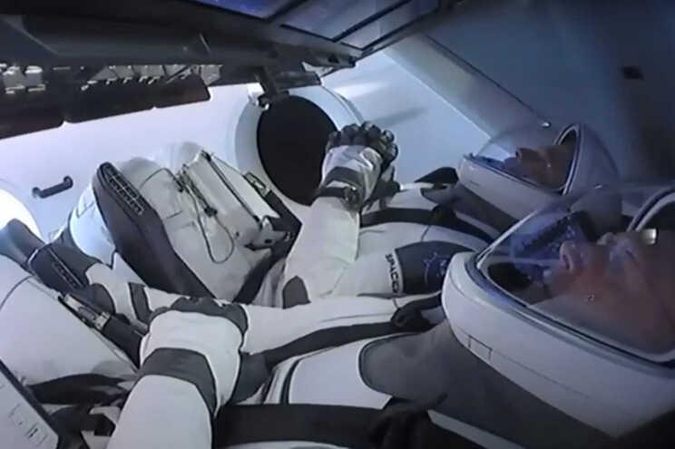 Mau tempo aborta missão da SpaceX