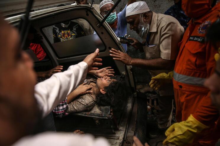 Desabamento de prédio no oeste da Índia causa 39 mortos