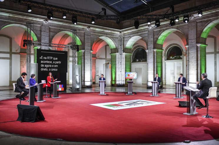 No dia 18, às 9 horas, os sete candidatos voltam a trocar ideias num debate na rádio