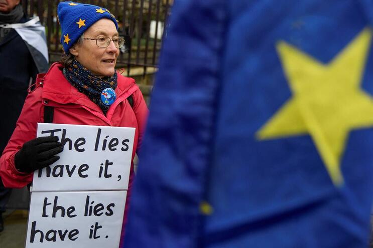 Novas regras vão dificultar o acesso dos cidadãos da União Europeia e impor requisitos