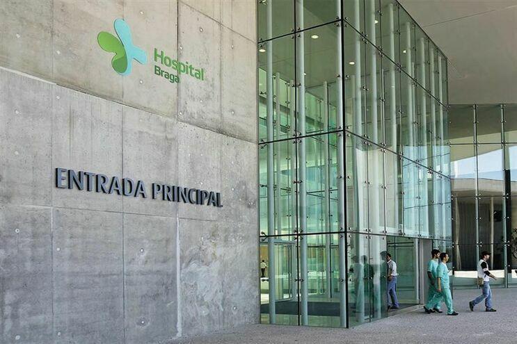 Conselho de Administração do Hospital de Braga assegura ter cumprido escrupulosamente as normas definidas