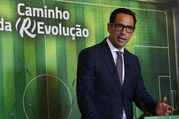 Pedro Proença é reeleito presidente da Liga