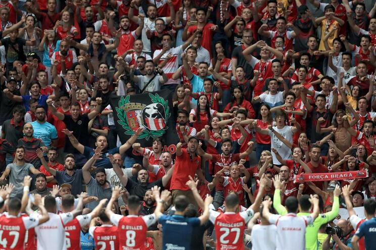 Liga abre processo devido à entrada tardia dos adeptos do Braga