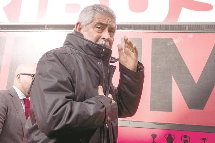 Luís Filipe Vieira volta a ver o nome do Benfica envolvido numa investigação judicial