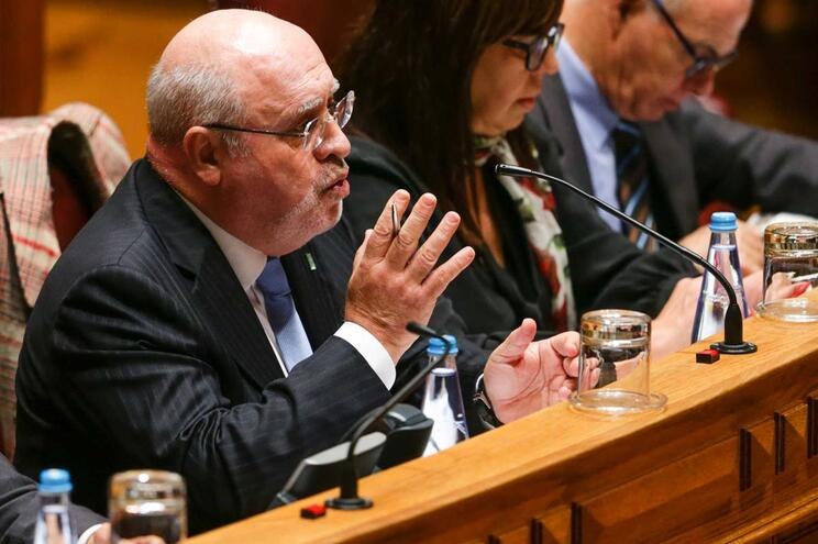 Ministro da Agricultura no Parlamento