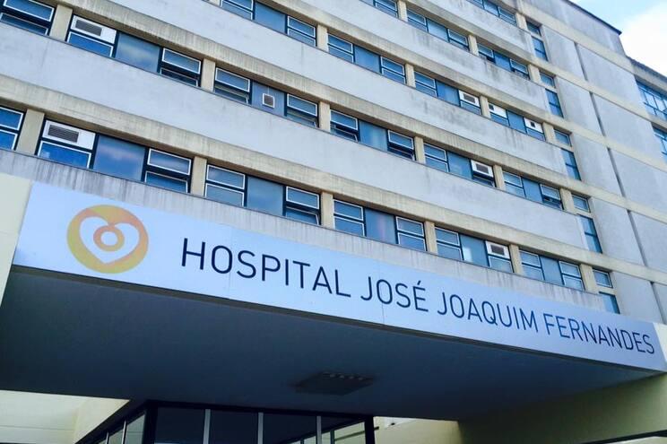 Idoso estava internado no Hospital José Joaquim Fernandes
