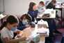 O novo confinamento, que vigorará pelo menos até 1 de dezembro, começará sexta-feira, mas as escolas