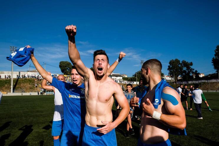 O canelas festejou a subida ao Campeonato de Portugal