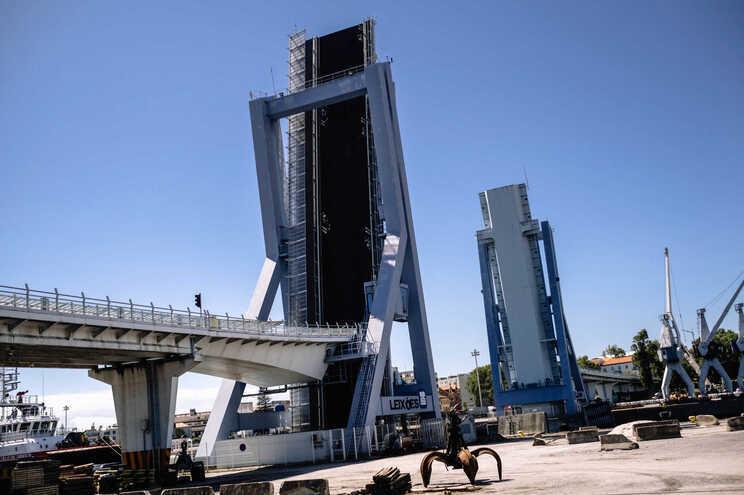 Circulação interdita na ponte móvel de Leixões devido a avaria no sistema eletrónico