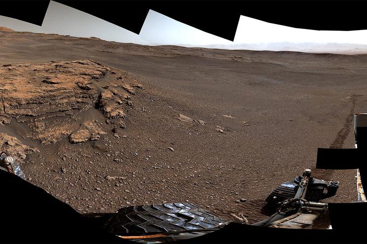 A superfície de Marte fotografada pelo rover Curiosity