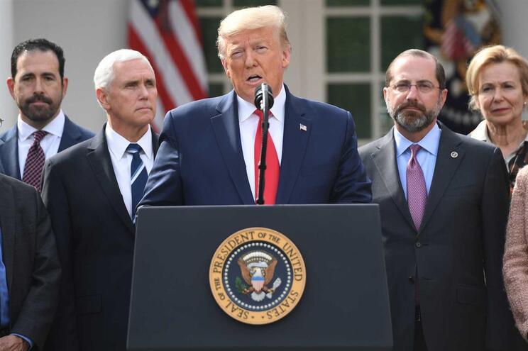 Trump declara estado de emergência nos EUA