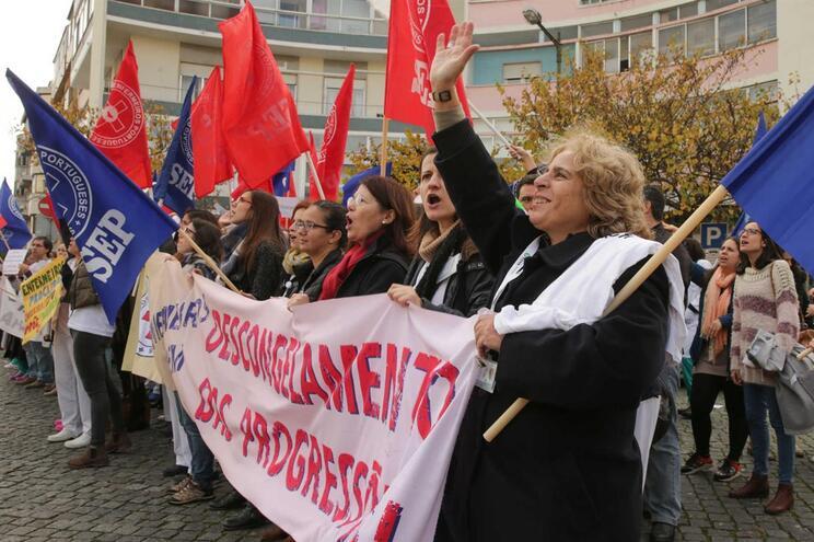 Enfermeiros marcam greve nacional para 8 de março