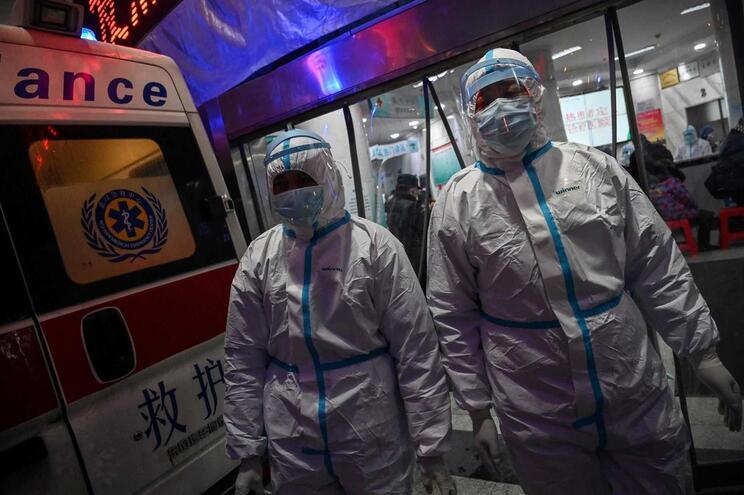 No primeiro dia após a entrada em vigor do novo método, a China reportou aumentos recorde no número de
