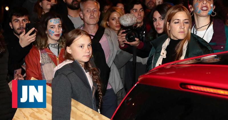 Greta abandona marcha em Madrid por recomendação da polícia
