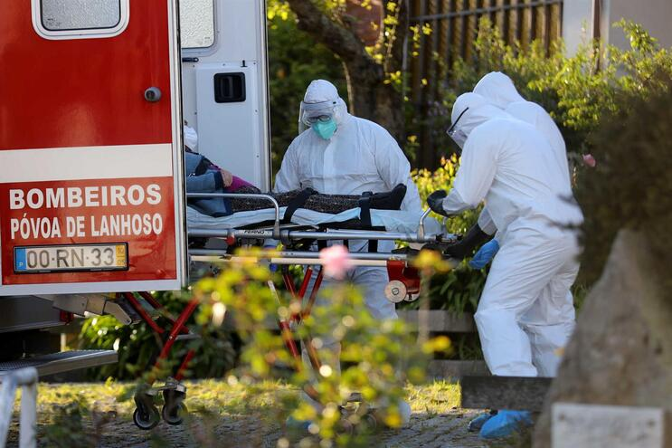 Mais seis mortes e 264 infetados com covid-19 em Portugal