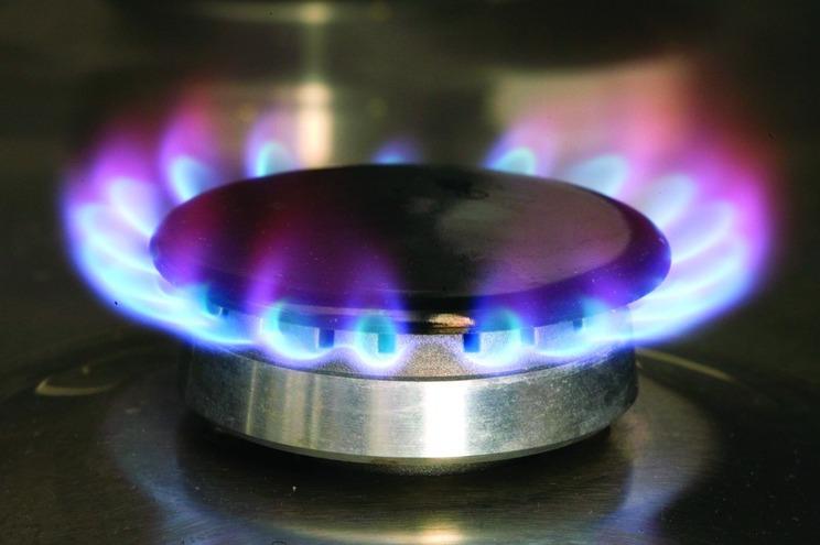 Botija de gás solidária vai custar 18 euros em dez municípios