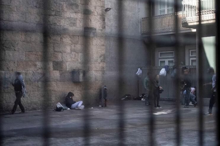 Consumo de droga na Viela do Anjo, no Porto
