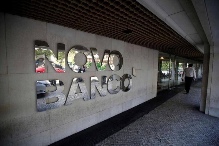 36 grandes devedores causaram perdas de 4,15 mil milhões de euros ao Novo Banco