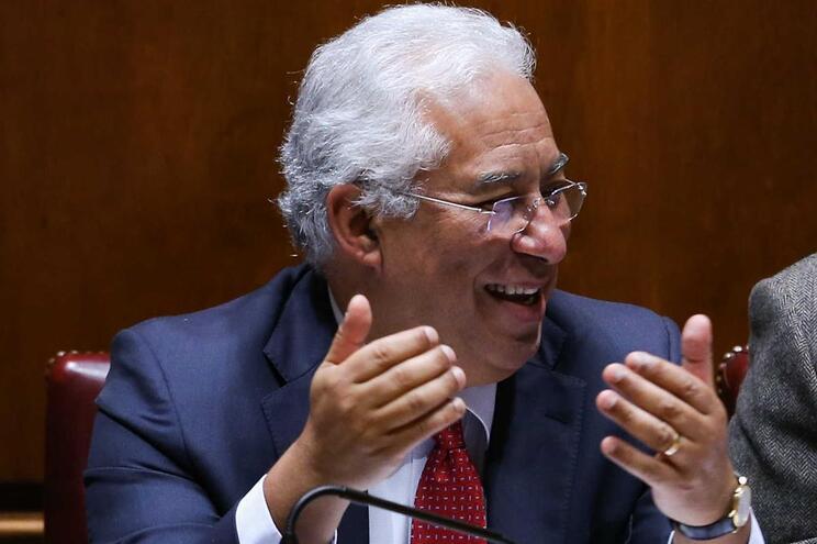 Costa anuncia que vai pagar empréstimo do FMI até ao fim do ano