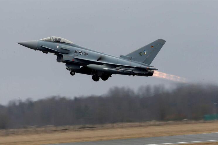 Avião Eurofighter