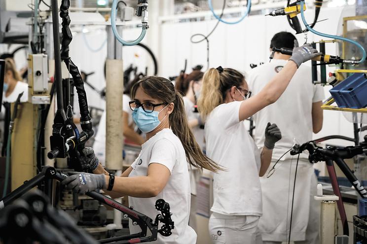 A maior fábrica de montagem  de bicicletas da Europa fica em Vila Nova de Gaia